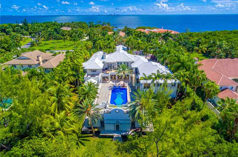 Tahiti Beach Most Exclusive Gated Community In C Gables For A Reason