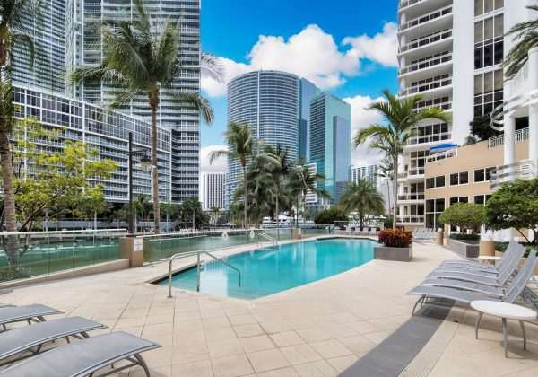 Carbonell on Brickell Key Pool